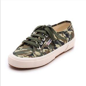 EUC Superga Camouflage Camo Classic Sneakers